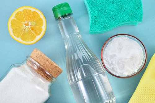 use-a-vinegar-based-cleaning-solution